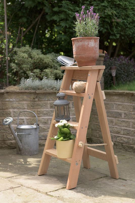 Traditional handmade Timber Swingback Steps